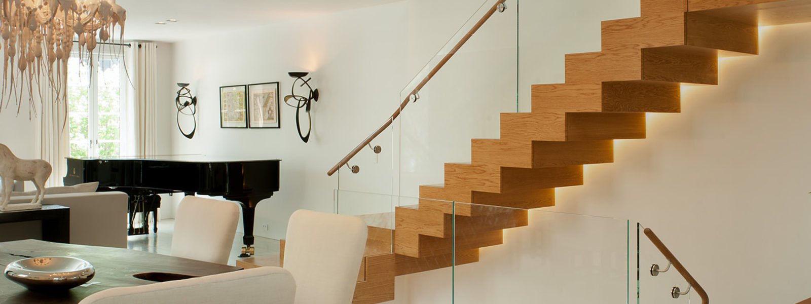 Modern Straight ZigZag Staircase in White Oak with Glass Railing by Arcways